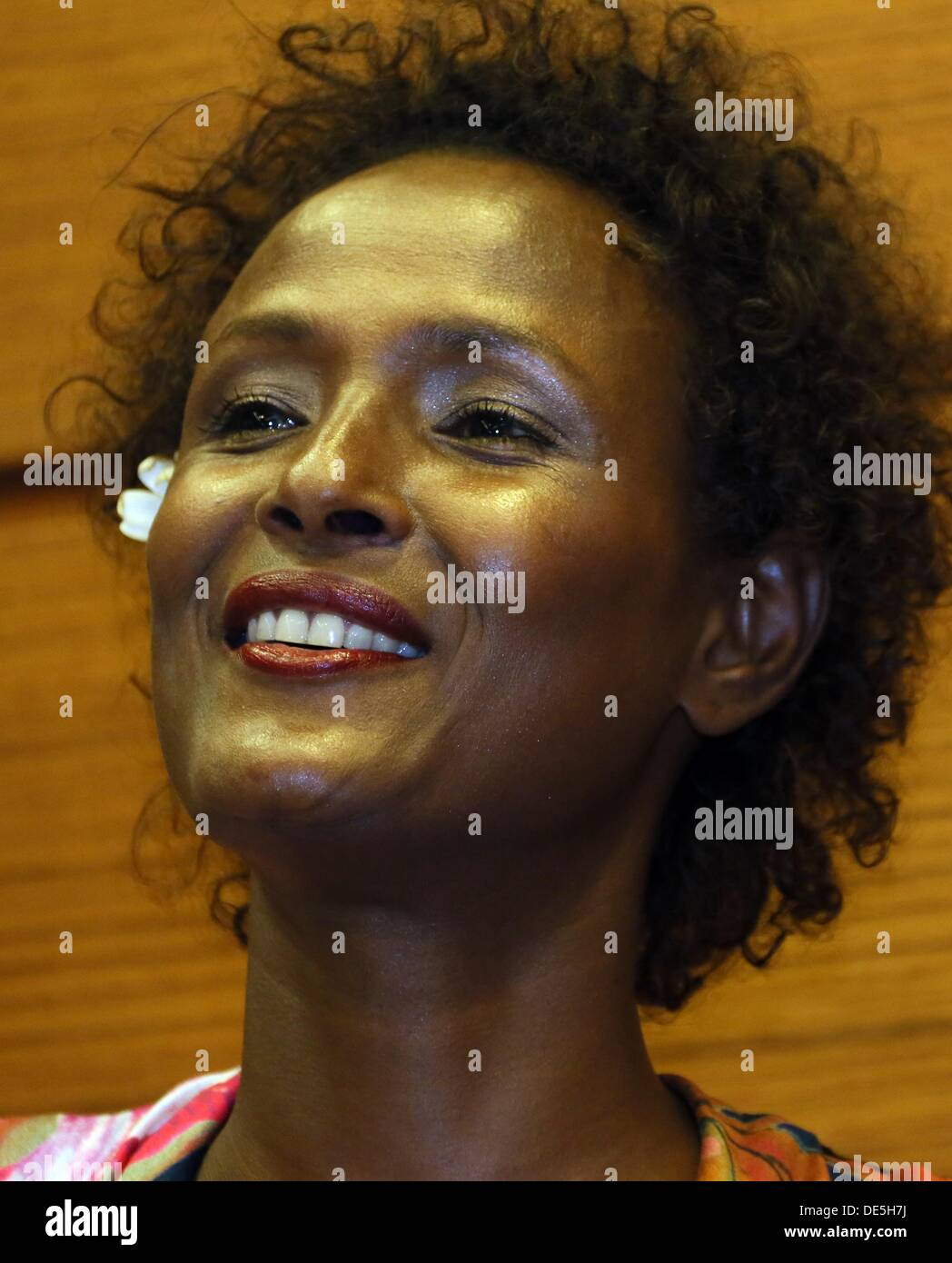 Waris Dirie, Somalian author of the bestseller 'Forest Flower' and activist against female genital cutting attends the opening of the 'Desert Flower Centre' of which she is a patron at hospital Waldfriede in Berlin, Germany, 11 September 2013. The centre is the first hospital in Europe that treats women with femal gentical cutting psychologically and surgically. Photo: STEPHANIE PILICK - Stock Image
