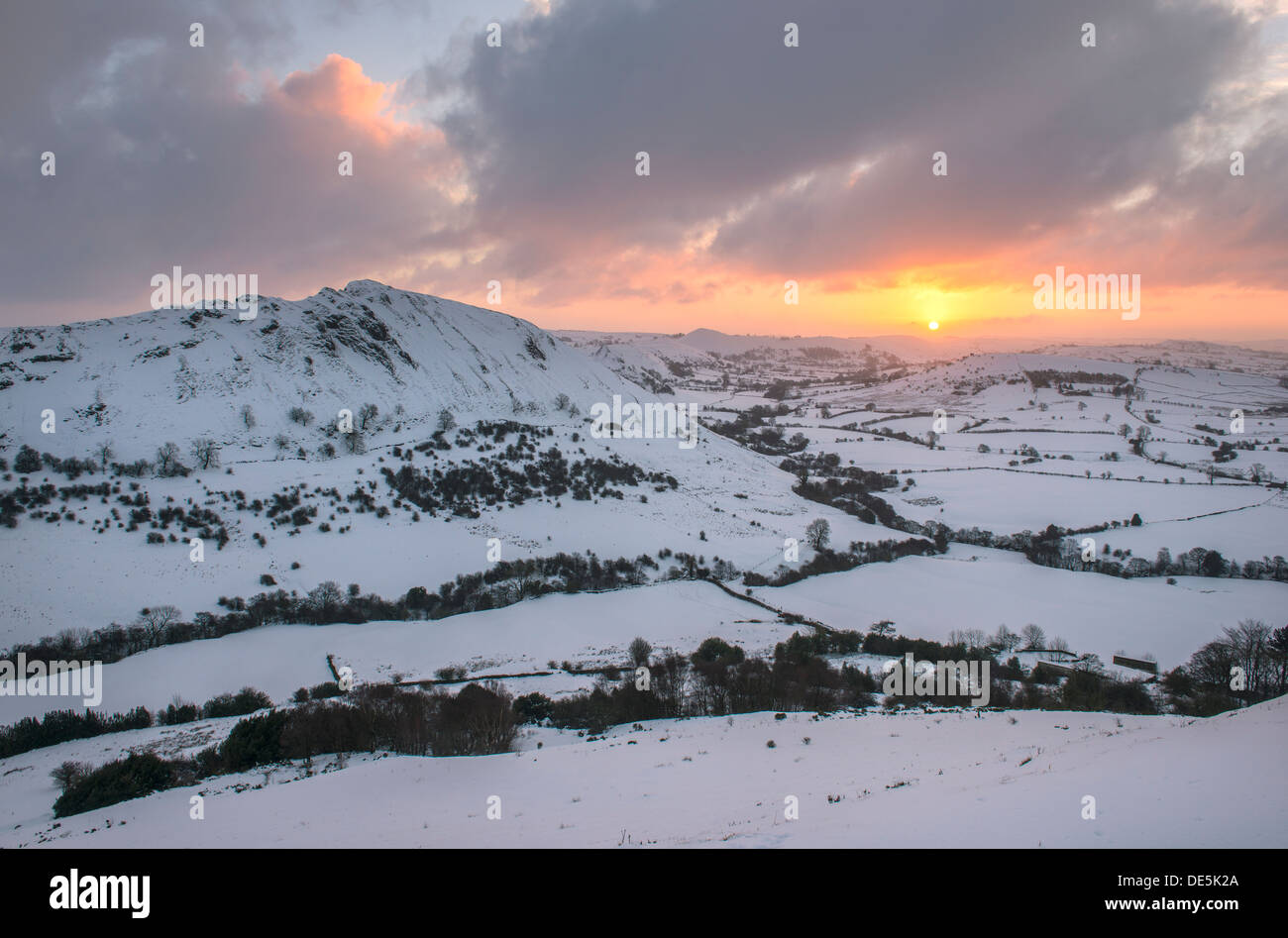 Winter sunrise over Chrome Hill and the Upper Dove Valley, Peak District, Derbyshire. England - Stock Image