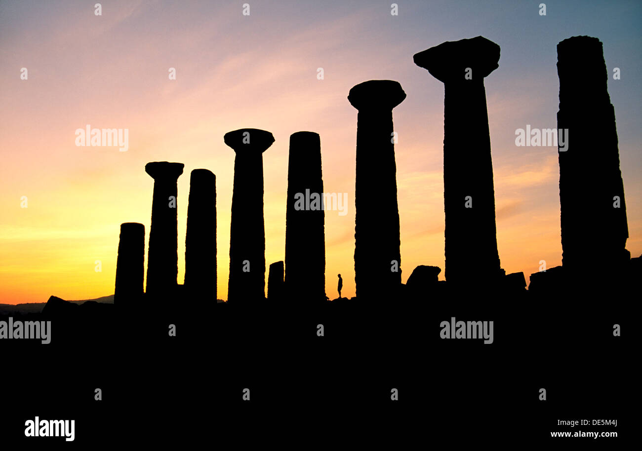 Agrigento, Sicily, Italy. The Temple of Hercules in the ancient Greek Valley of Temples at Agrigento - Stock Image