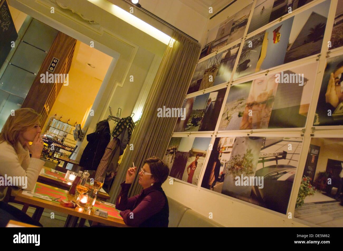 Österreich, Wien 7, Café Restaurant HALLE in der Kunsthalle im Museumsquartier - Stock Image