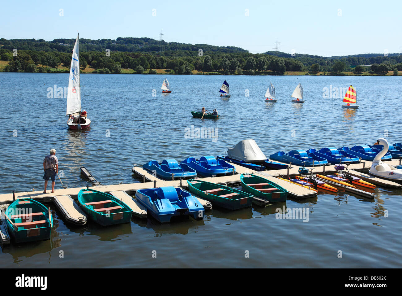 D-Bochum, Ruhr area, Westphalia, North Rhine-Westphalia, NRW, D-Witten, D-Hattingen, Kemnader See, Kemnade Lake, Ruhrstausee, Ruhr reservoir, boats on the water, boat rental Stock Photo
