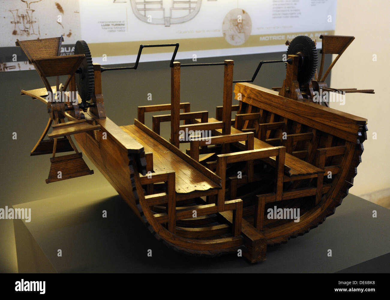 Paddle boat. Study by Leonardo da Vinci for a paddle propulsion boat. Model by Louis Tursini, 1952. - Stock Image