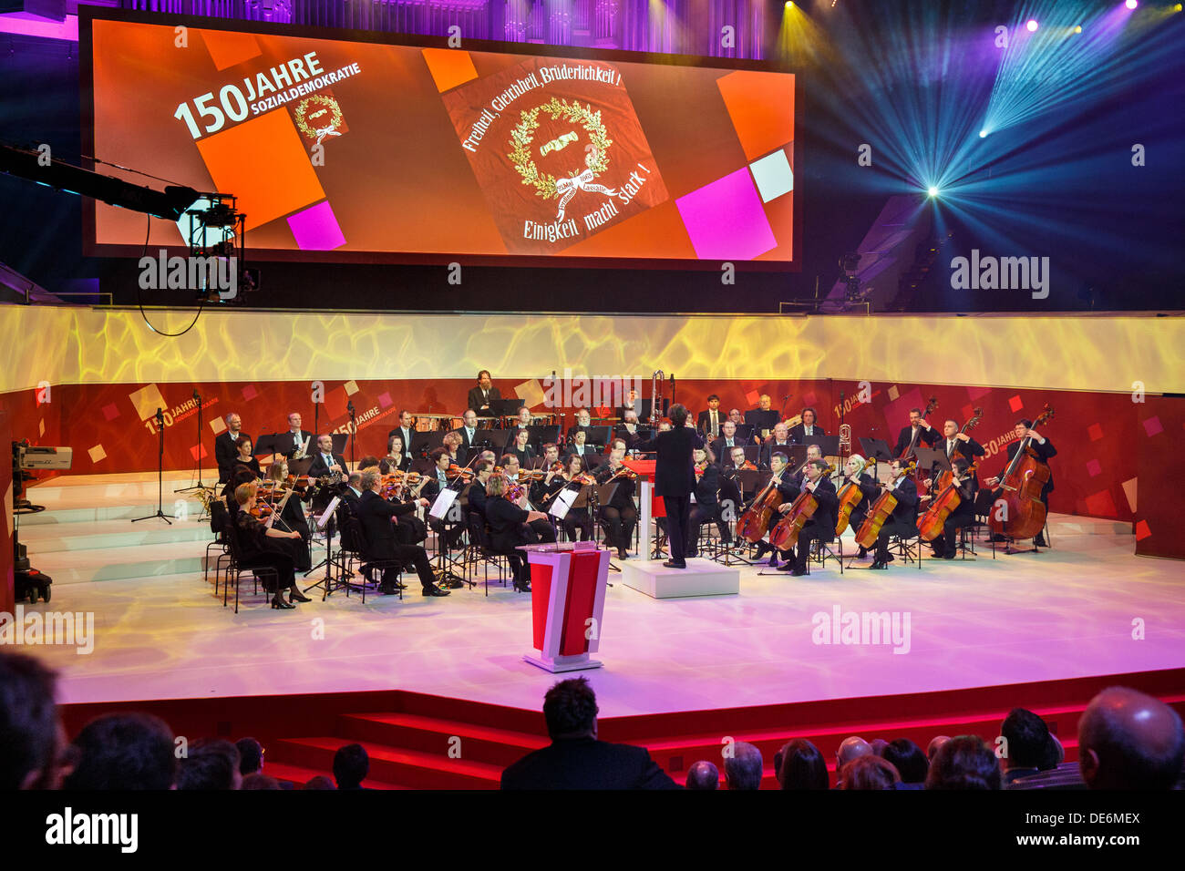 Leipzig, Germany, the Leipzig Gewandhaus orchestra plays in the ceremony 150 years SPD - Stock Image