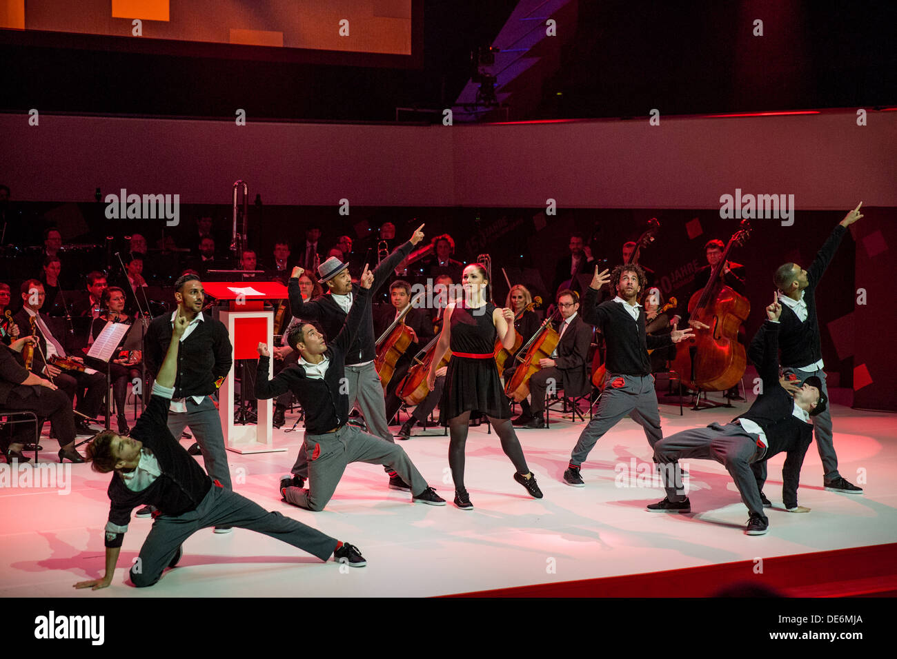 Leipzig, Germany, dance group Flying Steps in the Gewandhaus at the ceremony 150 years SPD - Stock Image
