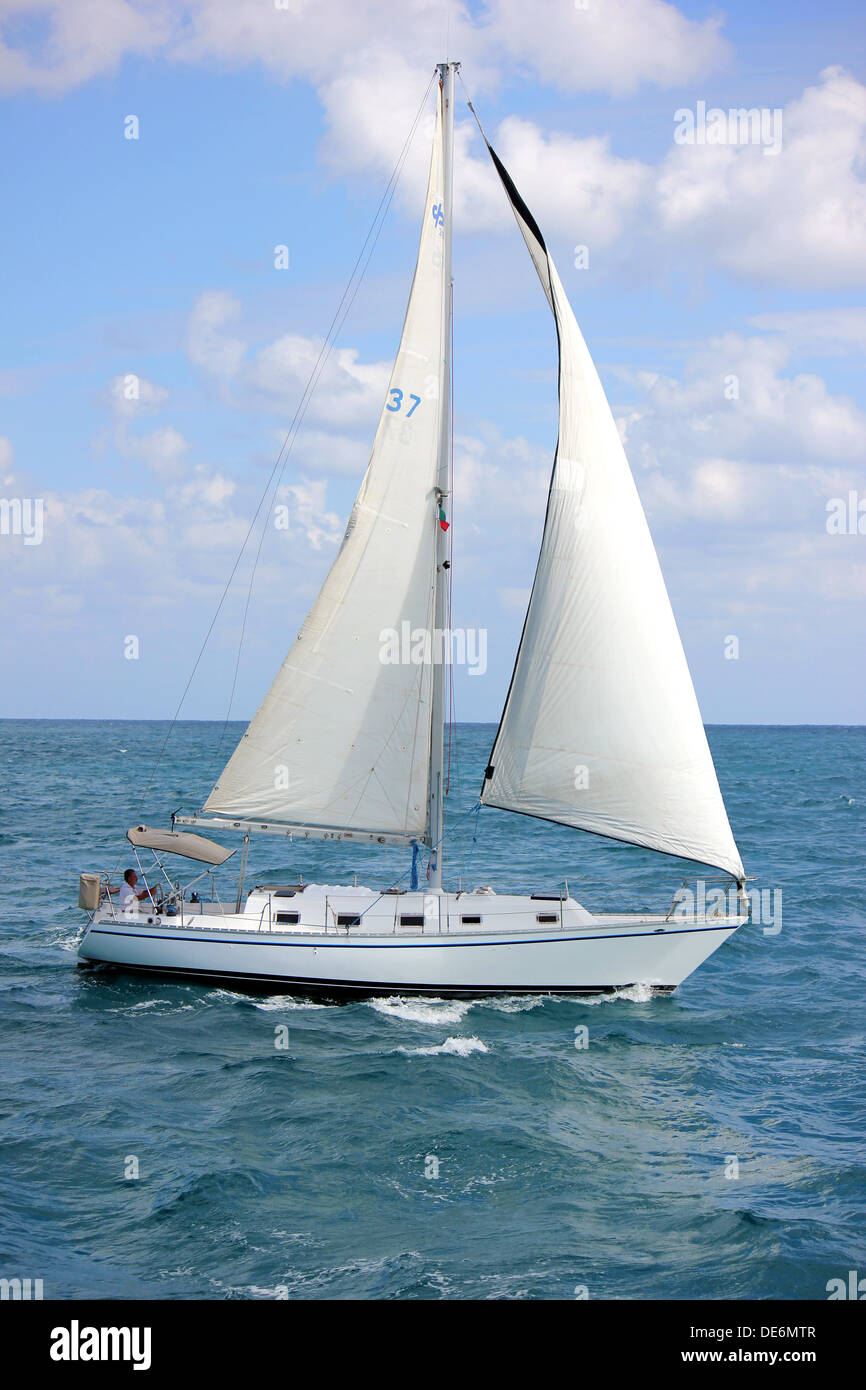 Sail boat on Caribbean waters - Stock Image