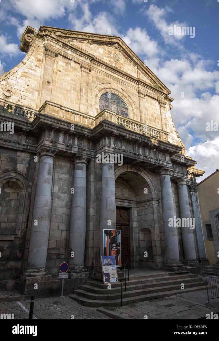 Architecte Le Puy En Velay the facade of the jesuits college church in le puy-en-velay