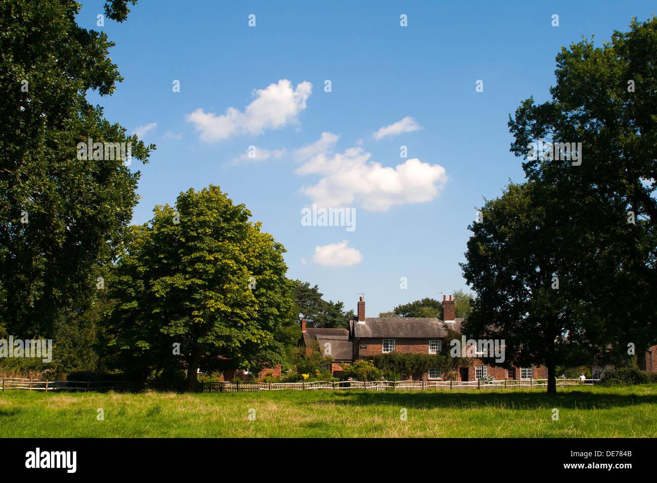 England, Cheshire, Styal Village cottages - Stock Image