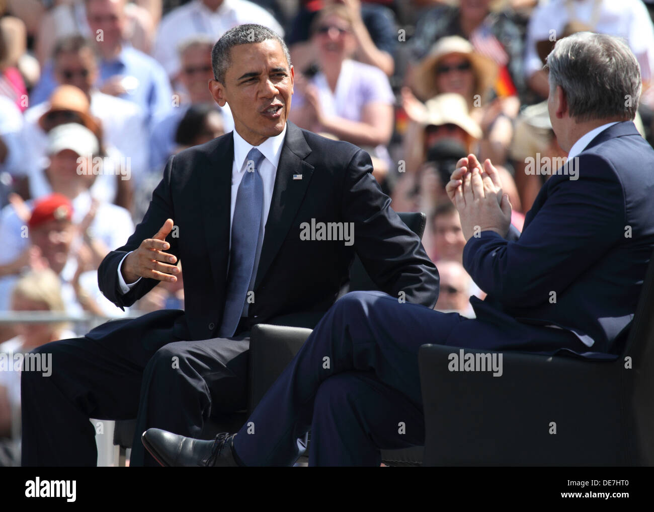 Berlin, Germany, U.S. President Barack Obama and the governing mayor Klaus Wowereit at the Brandenburg Gate Stock Photo