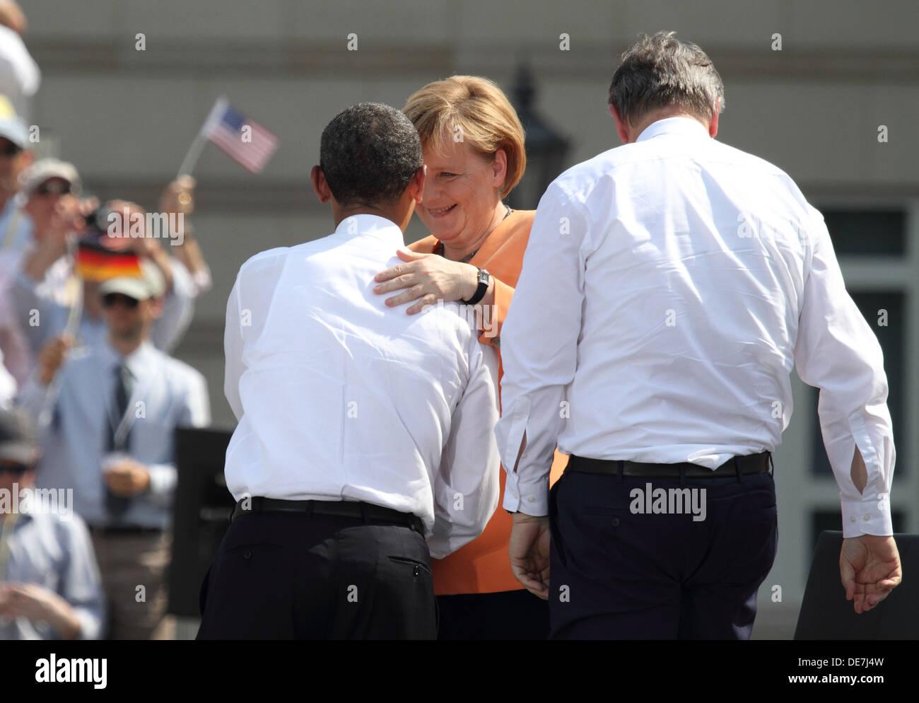 Berlin, Germany, Barack Obama, Angela Merkel and Klaus Wowereit at the Brandenburg Gate Stock Photo