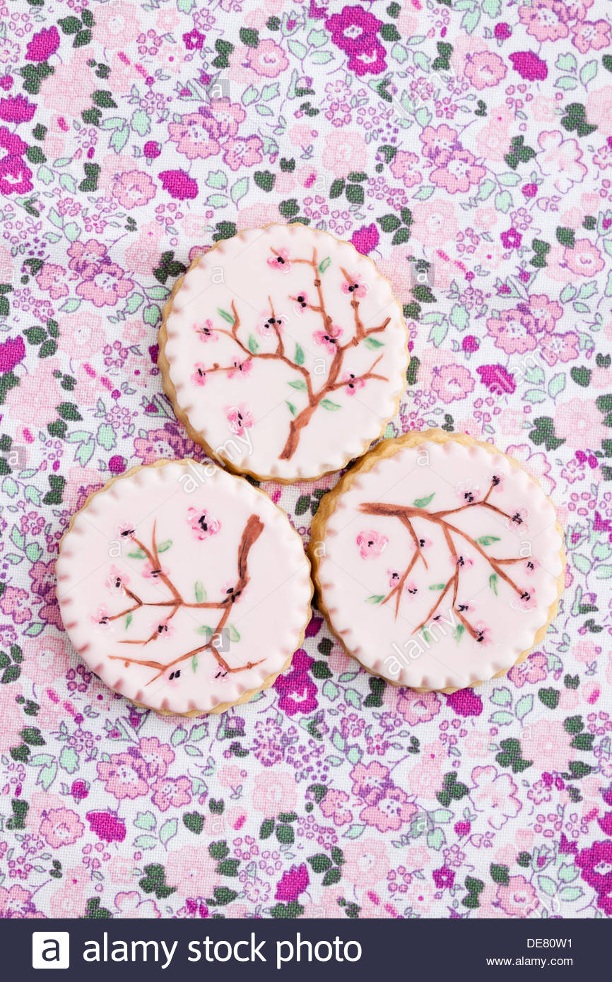 Painted pink sugar cookies, close up - Stock Image