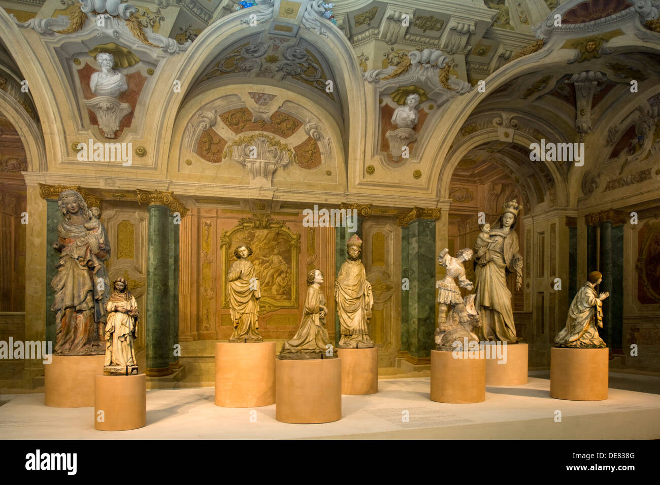 Österreich, Wien 3, Schloss Belvedere, Oberes Belvedere, Abteilung Mittelalter im Prunkstall - Stock Image