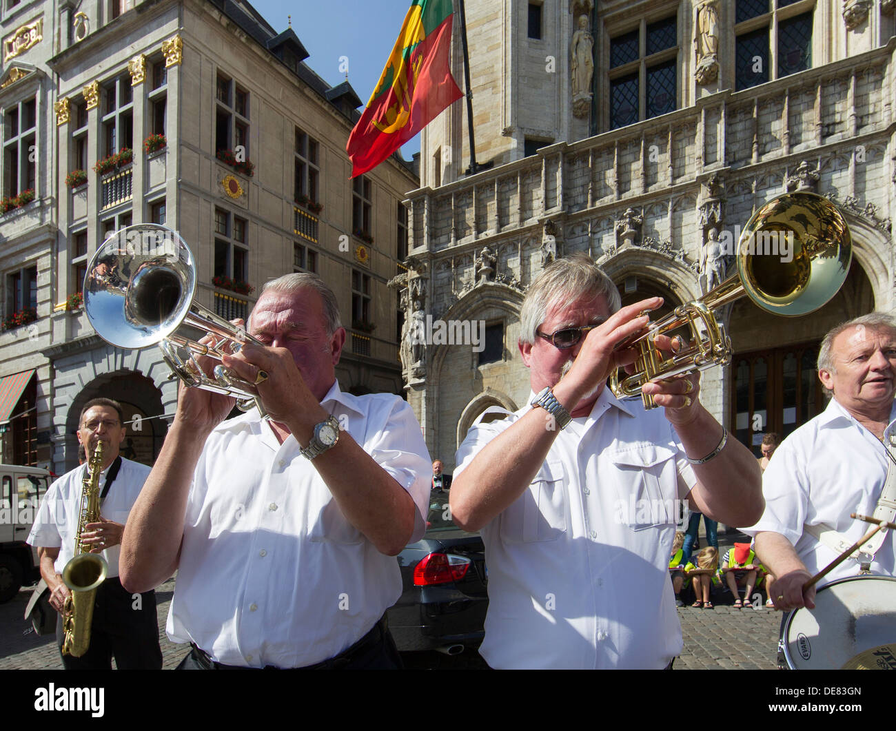 trumpet players musicians public performance celebration brussels - Stock Image