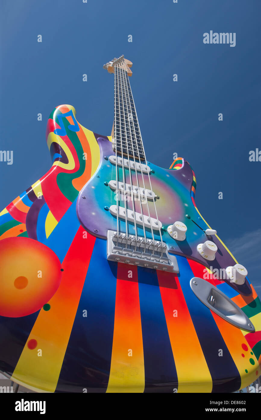 TIME WARP STRATOCASTER SCULPTURE (©PAT DOWNEY / PETE GONZALES 2012 ) ROCK AND ROLL HALL OF FAME DOWNTOWN CLEVELAND OHIO USA - Stock Image