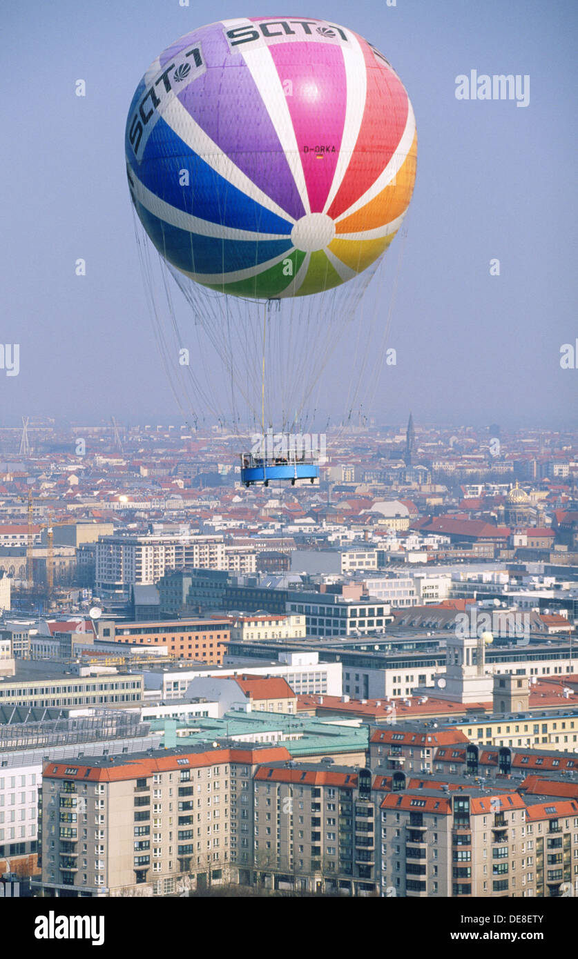 Baloon overflying the city. Berlin. Germany - Stock Image