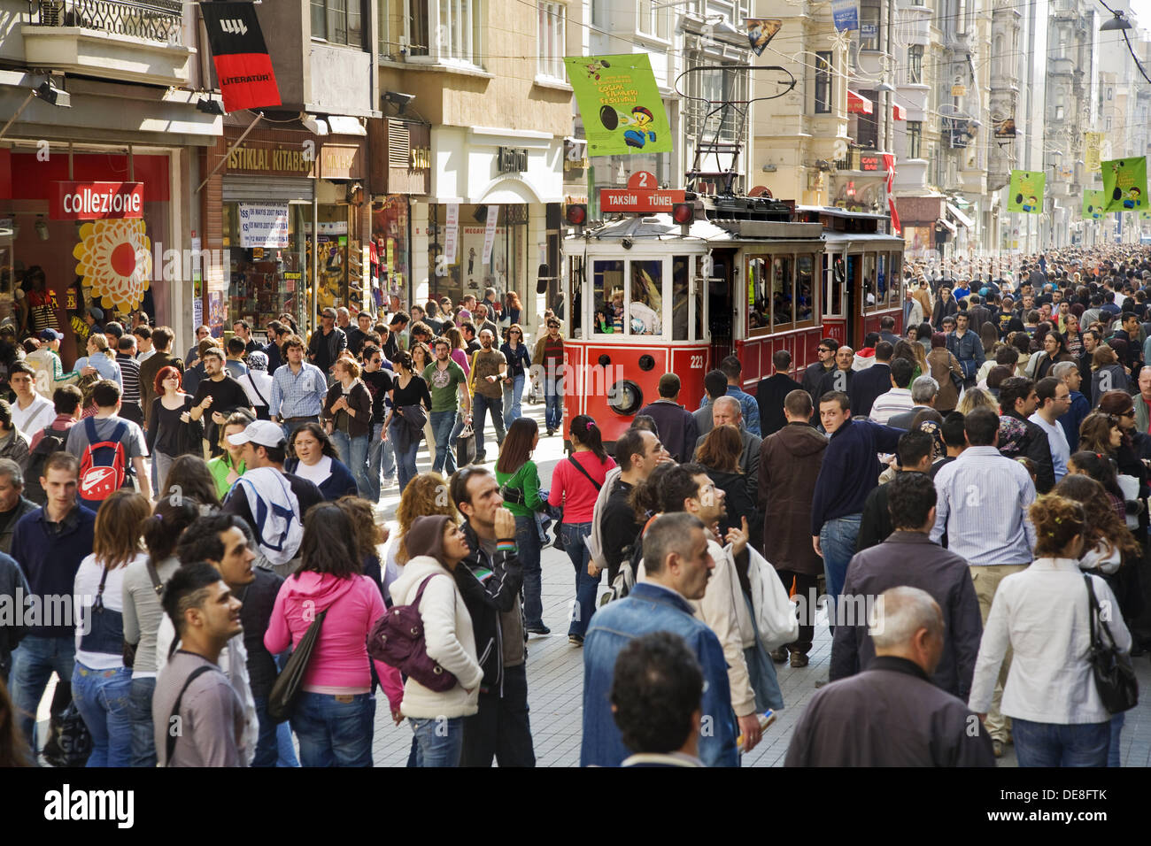 Tram on Istiklal Caddesi, Beyoglu district, Istanbul, Turkey - Stock Image