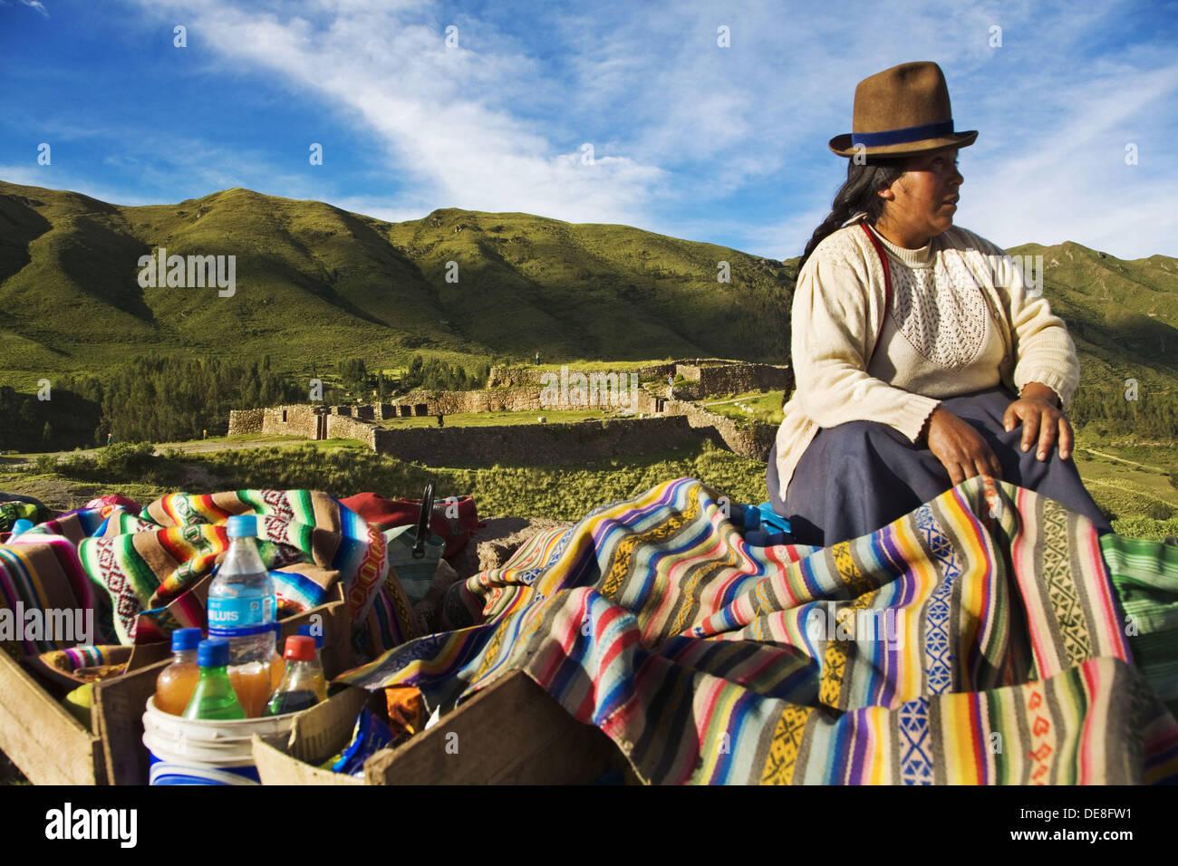 Woman, Pucapucara Incan military complex, Cusco region, Peru - Stock Image