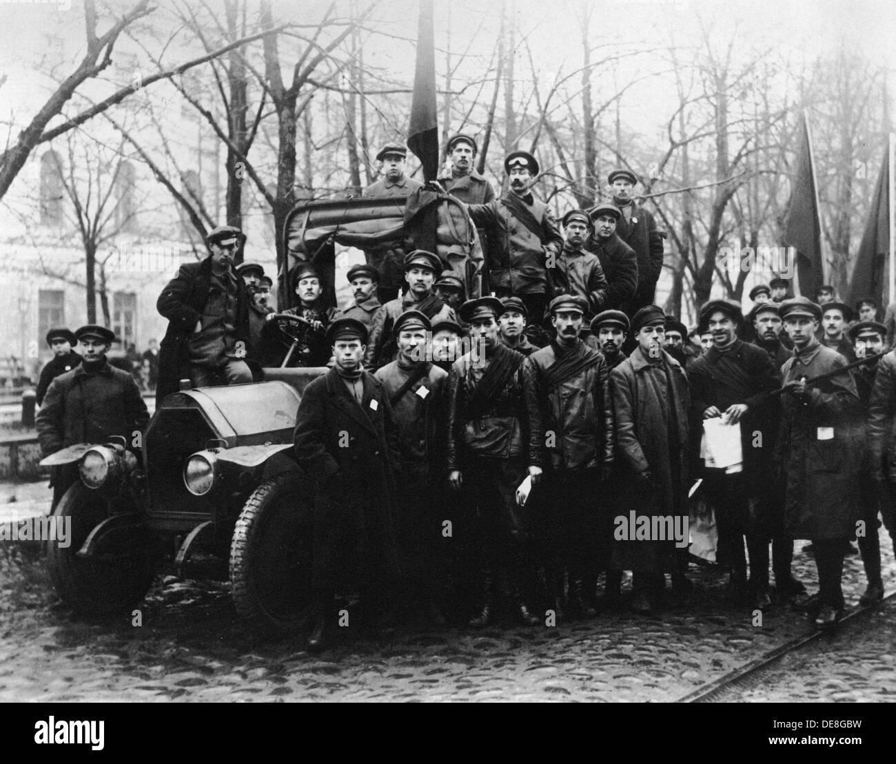 A Group of Red Army Men. Petrograd, 1917. Artist: Bulla, Karl Karlovich (1853-1929) - Stock Image