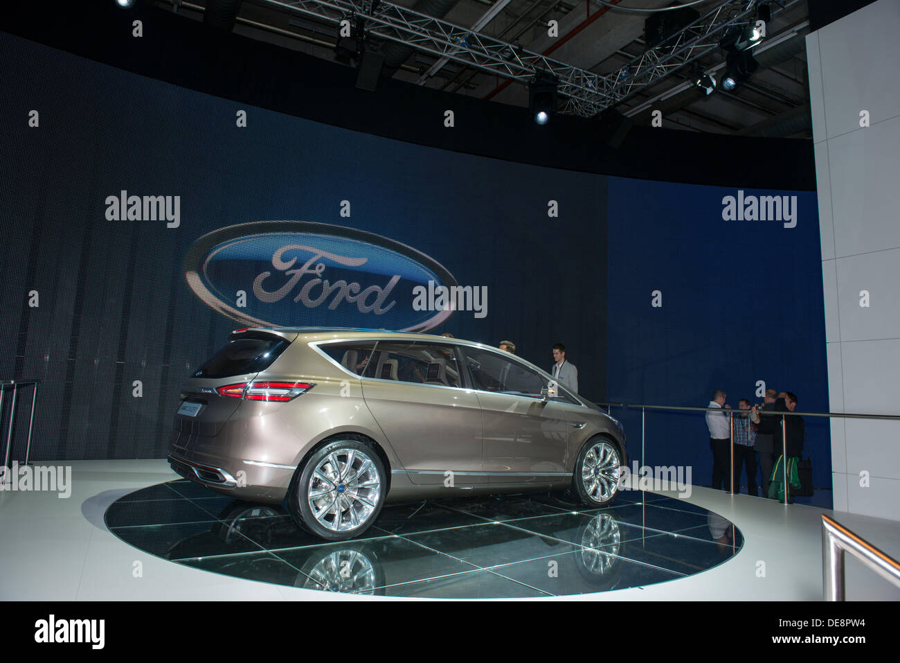 Frankfurt, Germany. 11th Sep, 2013. : Frankfurt international motor show (IAA) 2013. Ford S-MAX Concept - world premiere © Alexey Zarubin/Alamy Live News - Stock Image