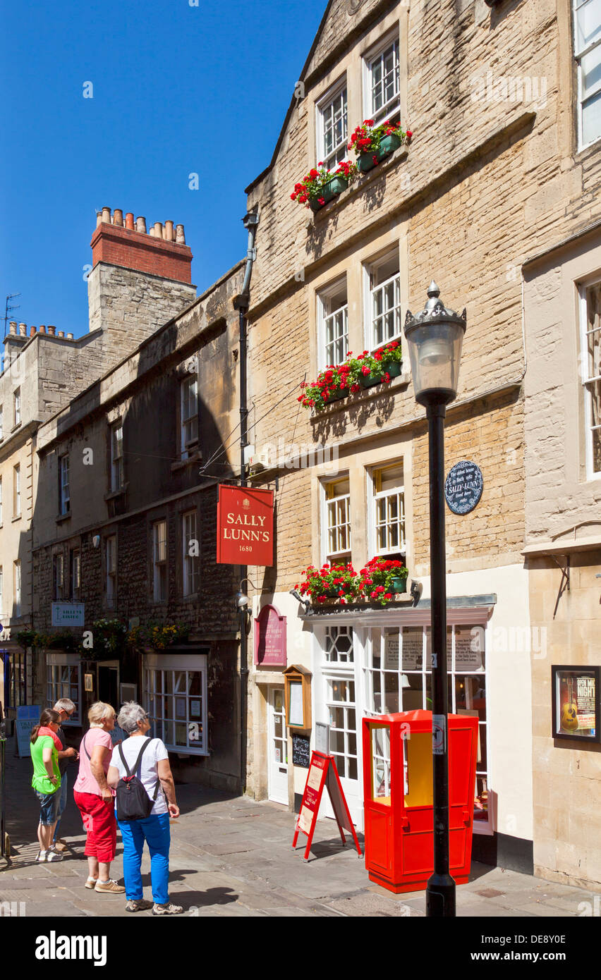 The Famous SAlly Lunn's famous historic eating house teashop cafe in Bath City centre Bath Somerset England UK GB EU Europe - Stock Image
