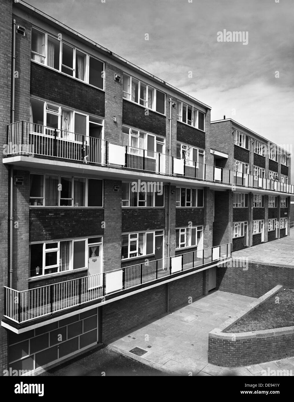 Woodside Maisonettes, Sheffield 13th August 1962. Artist: Michael Walters Stock Photo