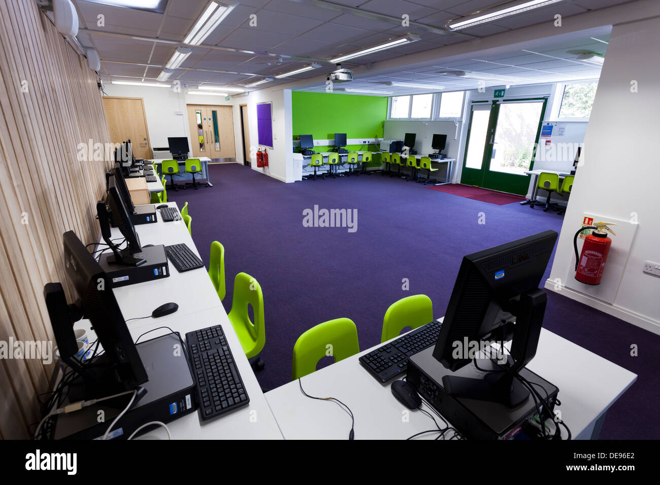 unoccupied computer room Infant School - Stock Image