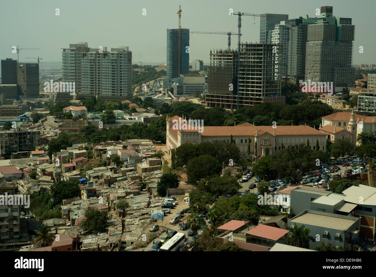 New offices and hotels being built in Luanda, Angola - Stock Image