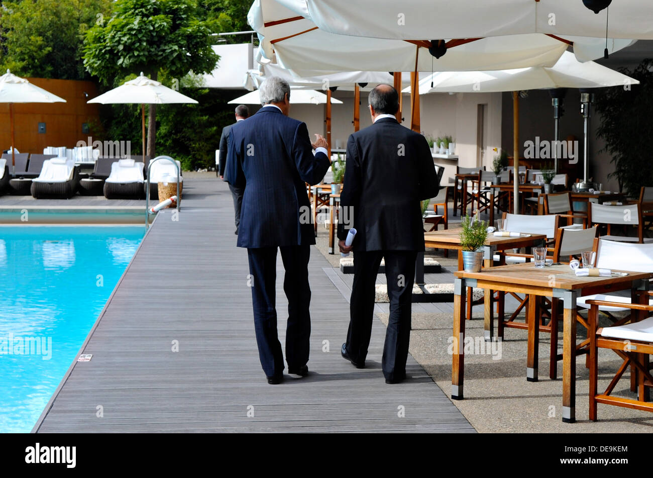 US Secretary of State John Kerry walks with Russian Foreign Minister Sergey Lavrov after the two finalized an agreement Stock Photo