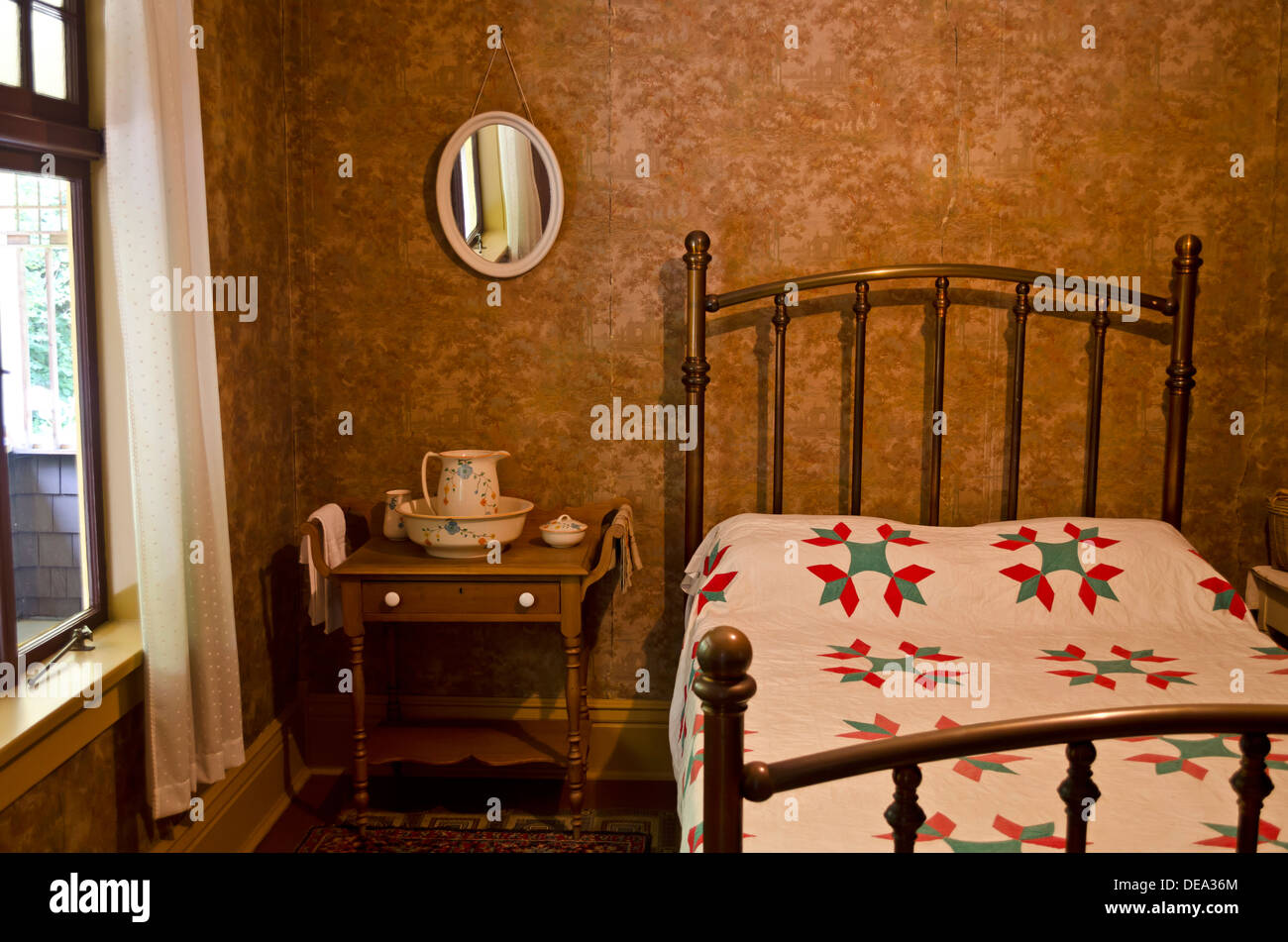 Vintage Old Fashioned Bedroom Setting With Iron Bed Frame And Wash