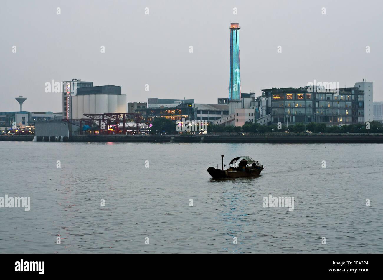Pearl river , Guangzhou , China - Stock Image