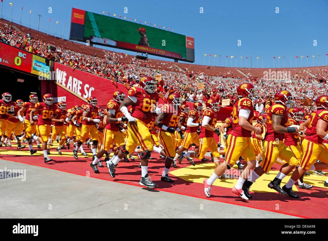 September 14 2013 Usc Trojans Football Team Runs Onto The