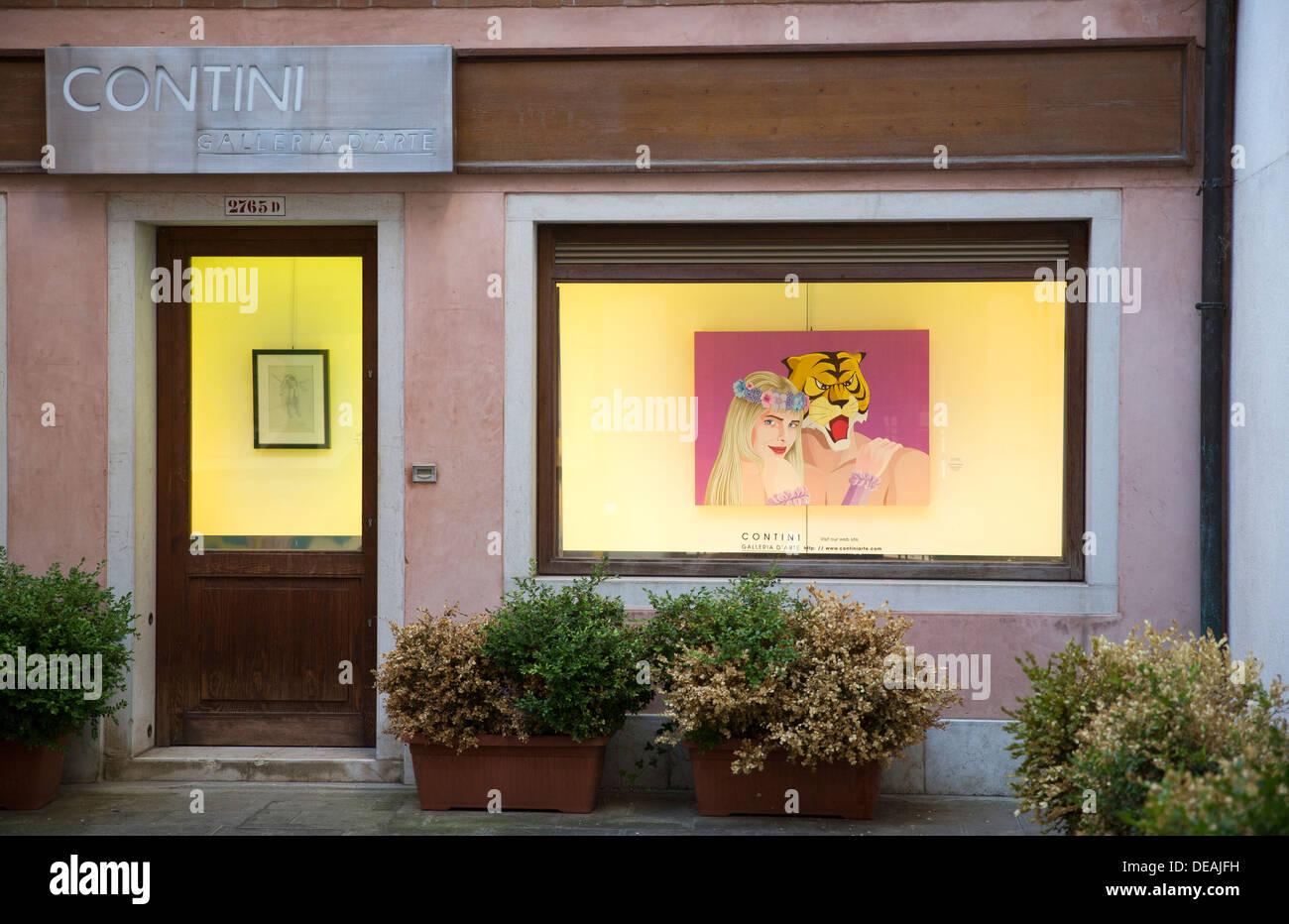 La Cicciolina PICTURE IN THE CONTINI ART STORE, VENICE, ITALY - Stock Image