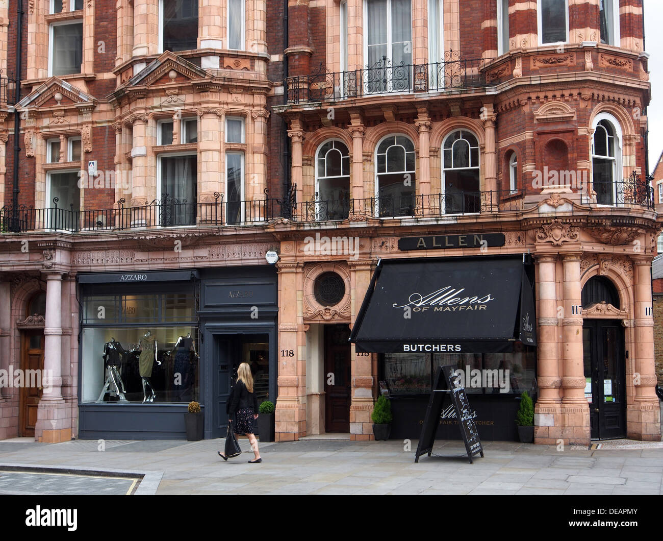 760a163c468 London Mayfair old building with luxurious shops Stock Photo ...