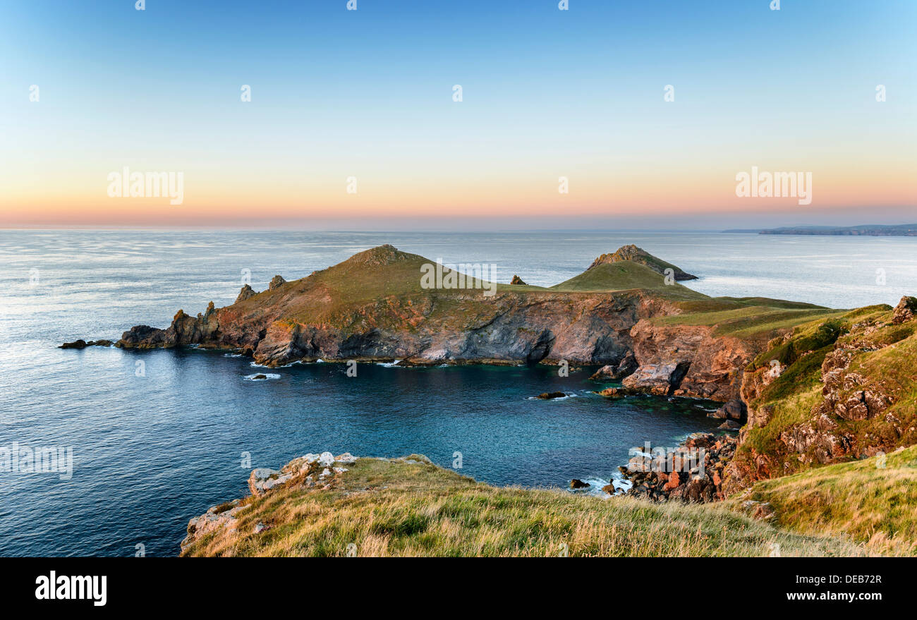 The Rumps on the Pentire headland on Cornwall's Atlantic coast - Stock Image