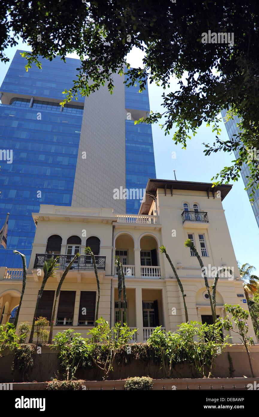 Levin house AKA the Russian Embassy at 46,Rothschild Boulevard, Tel Aviv. - Stock Image
