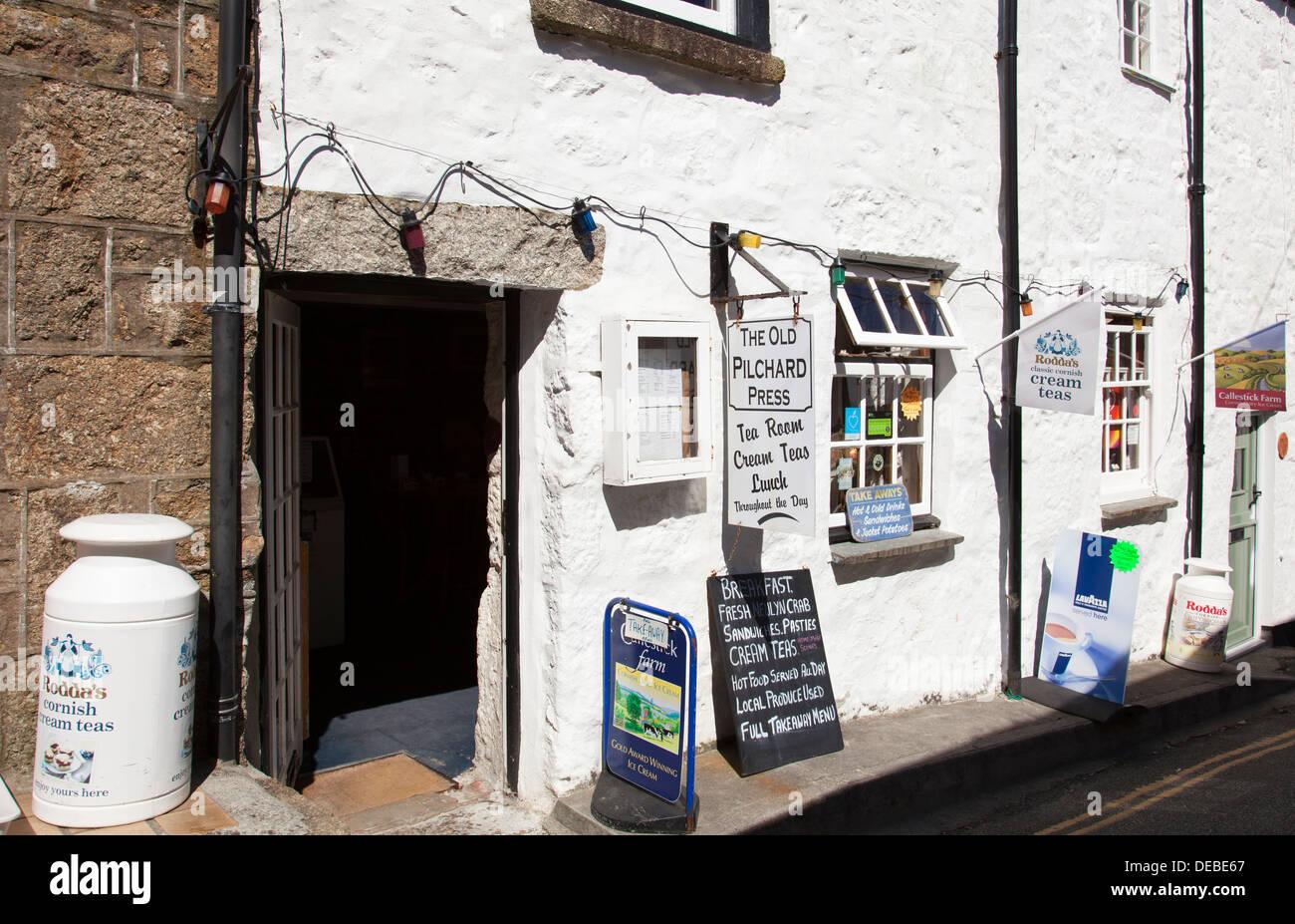 The Old Pilchard Press tea room, Mousehole, Cornwall, England, U.K. - Stock Image