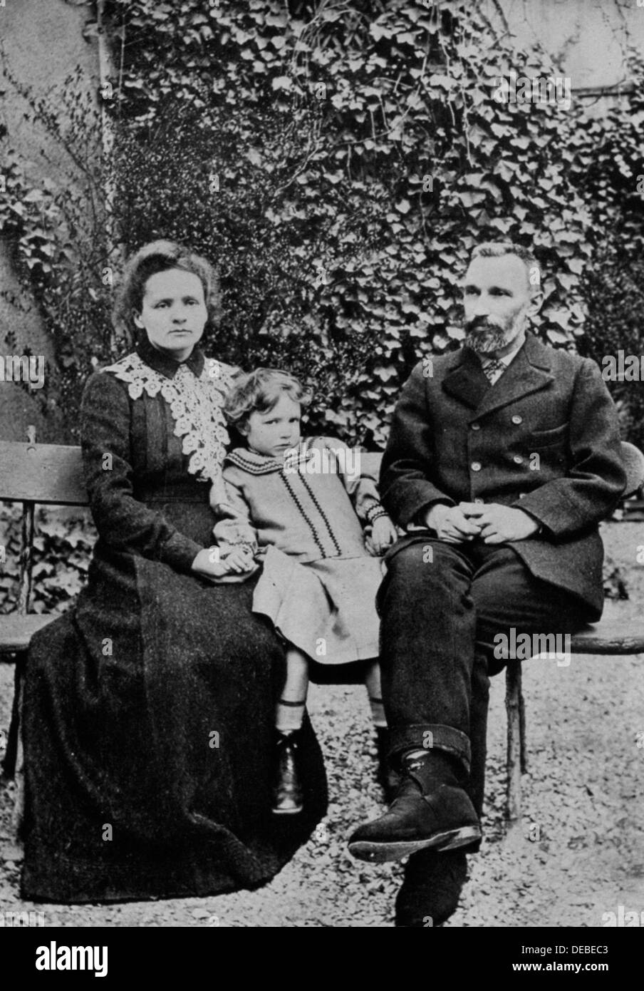 Marie and Pierre Curie. With their elder daughter Irene in 1904. - Stock Image