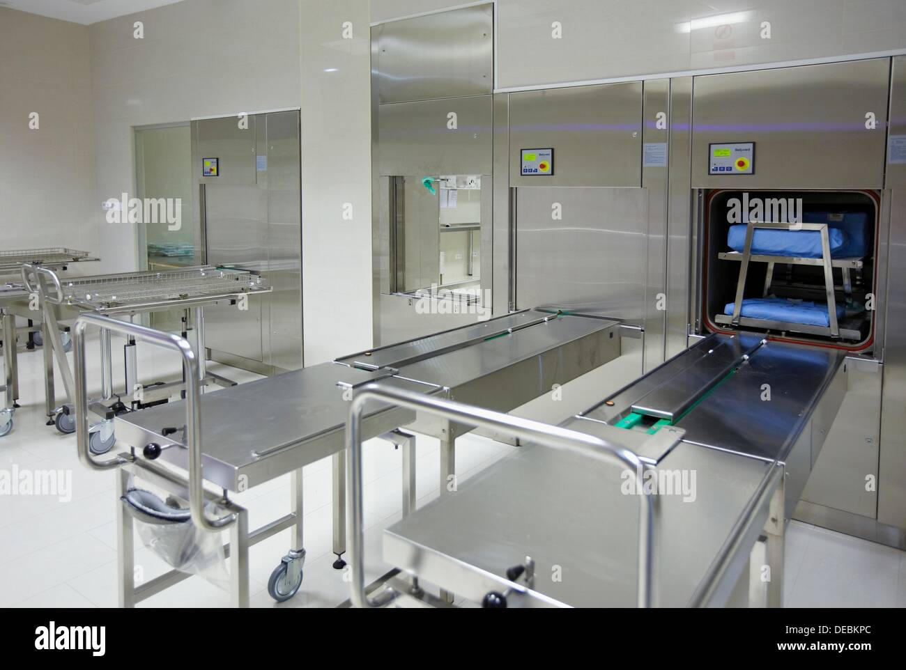 Autoclave Hospital Stock Photos Amp Autoclave Hospital Stock