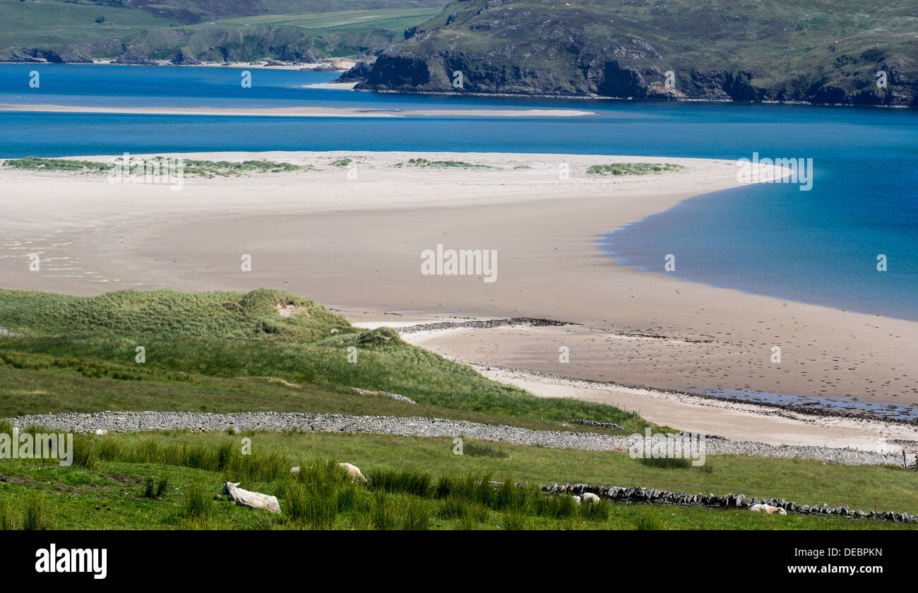 WHITE SAND AND BLUE SEA KYLE OF TONGUE A VIEW FROM MELNESS VILLAGE SCOTLAND - Stock Image