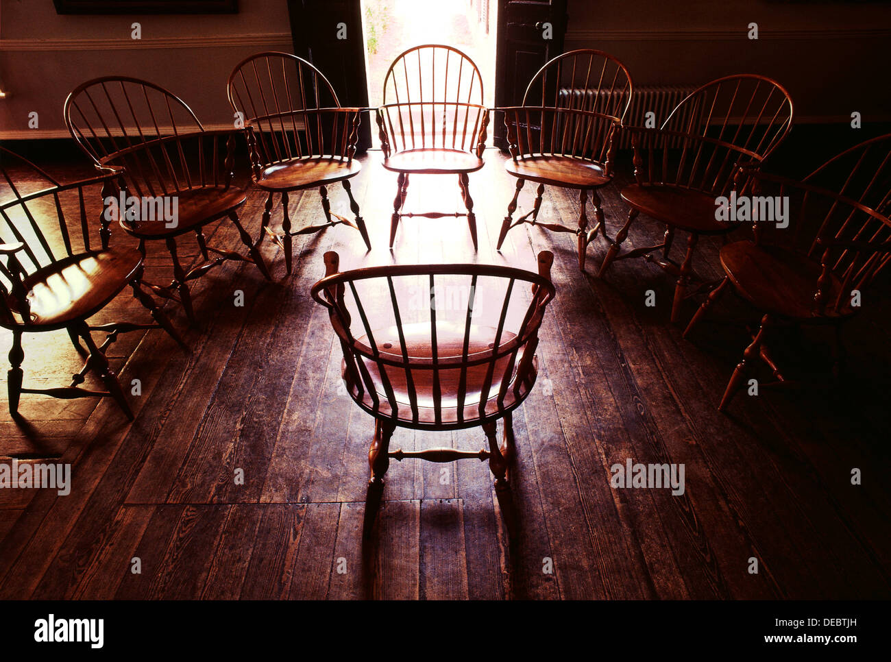 EMPTY CHAIRS IN SEMI CIRCLE   Stock Image