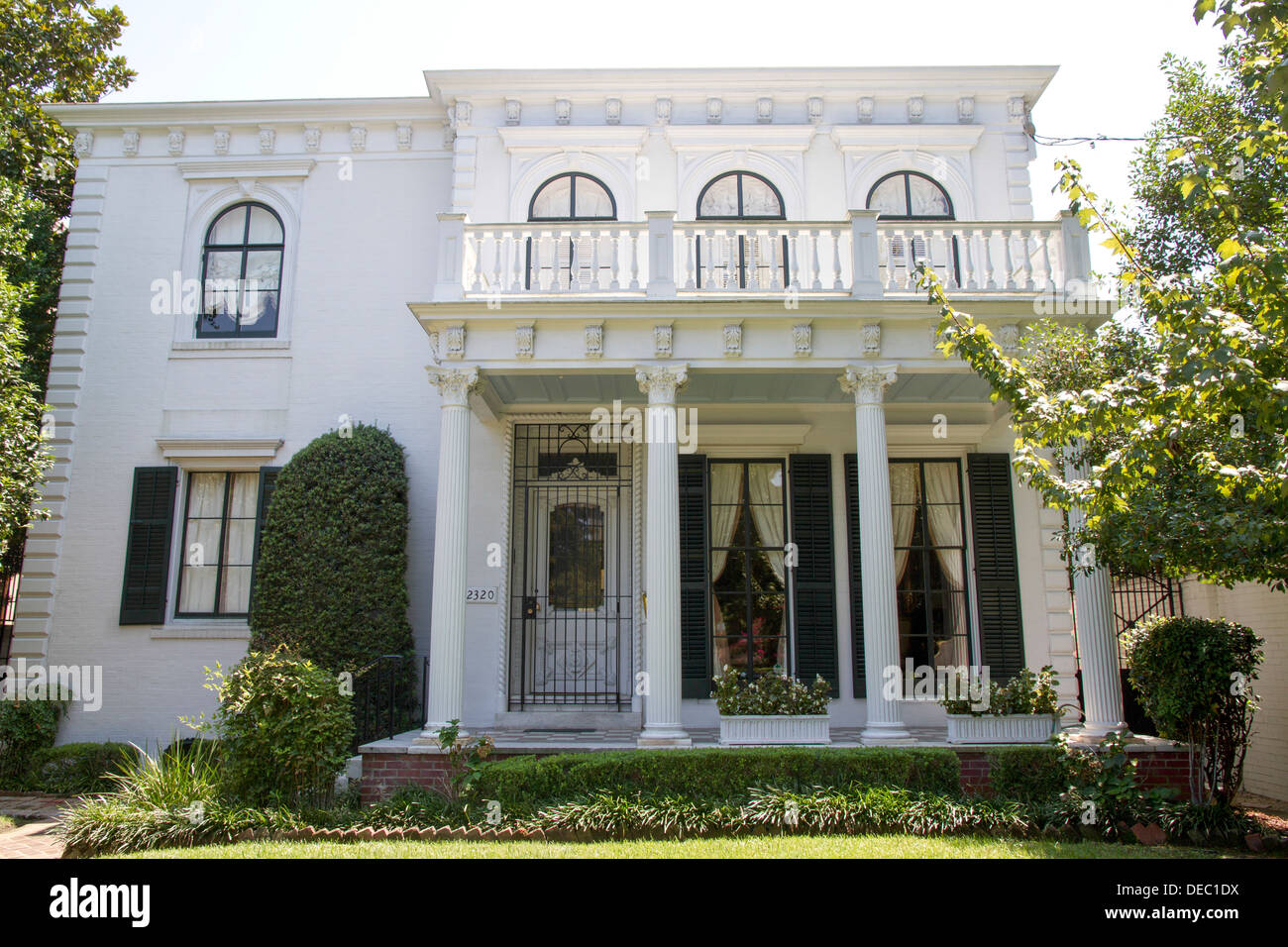 Colonial Style House In New Orleans La Usa Stock Photo 60500886