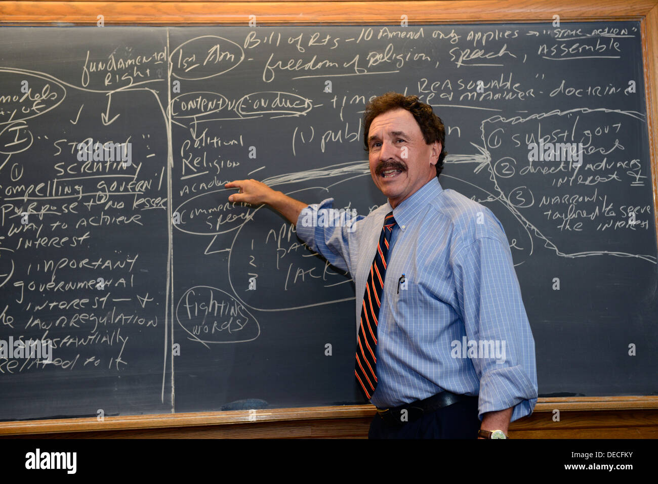 Professor John Sahl teaches US Constitutional law to foreign lawyers at Yale Summer School. - Stock Image