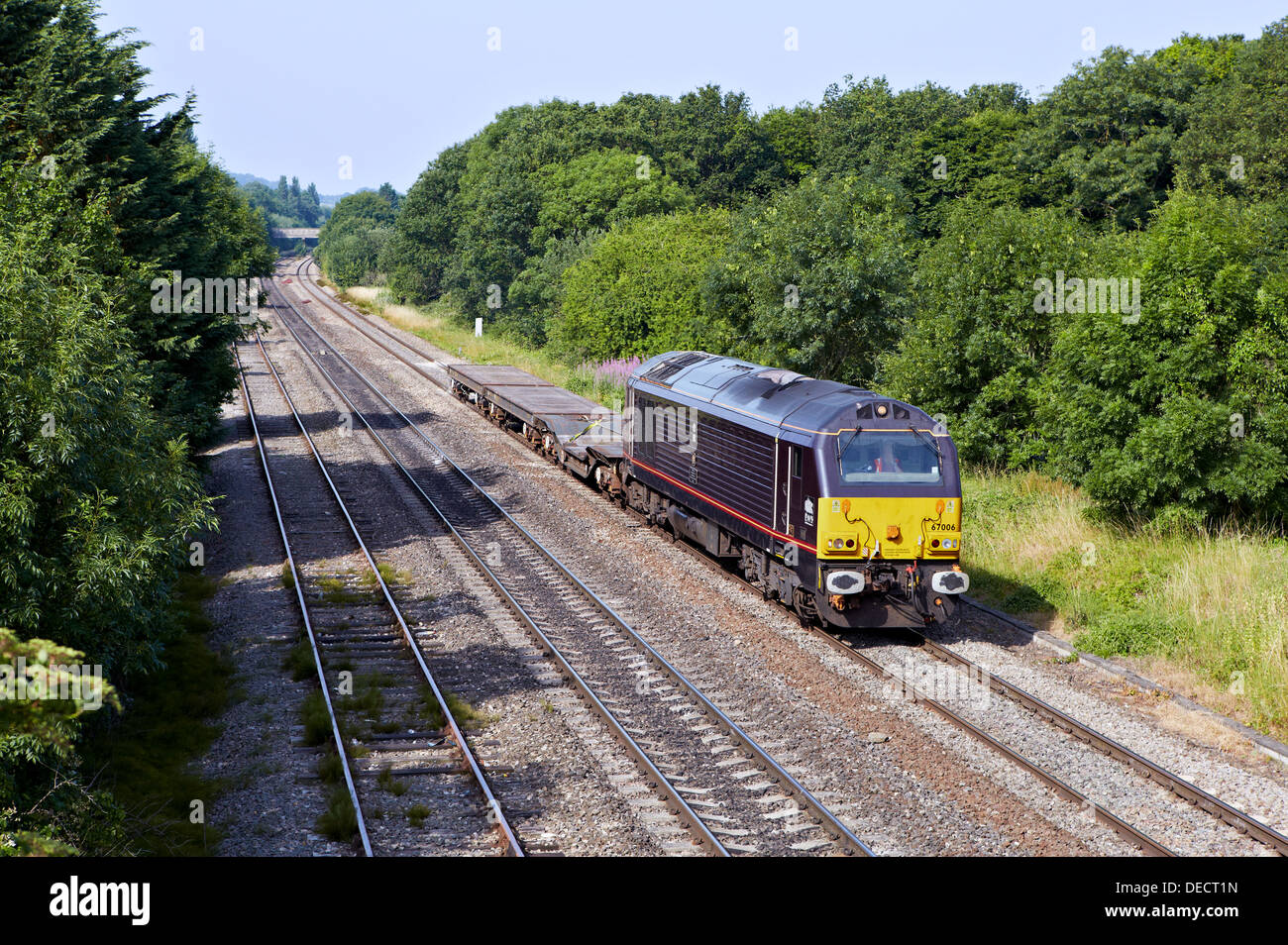 67006 heads through Up Hatherley - Cheltenham with 6B36 Didcot - Ashchurch MoD. 16/07/13. - Stock Image