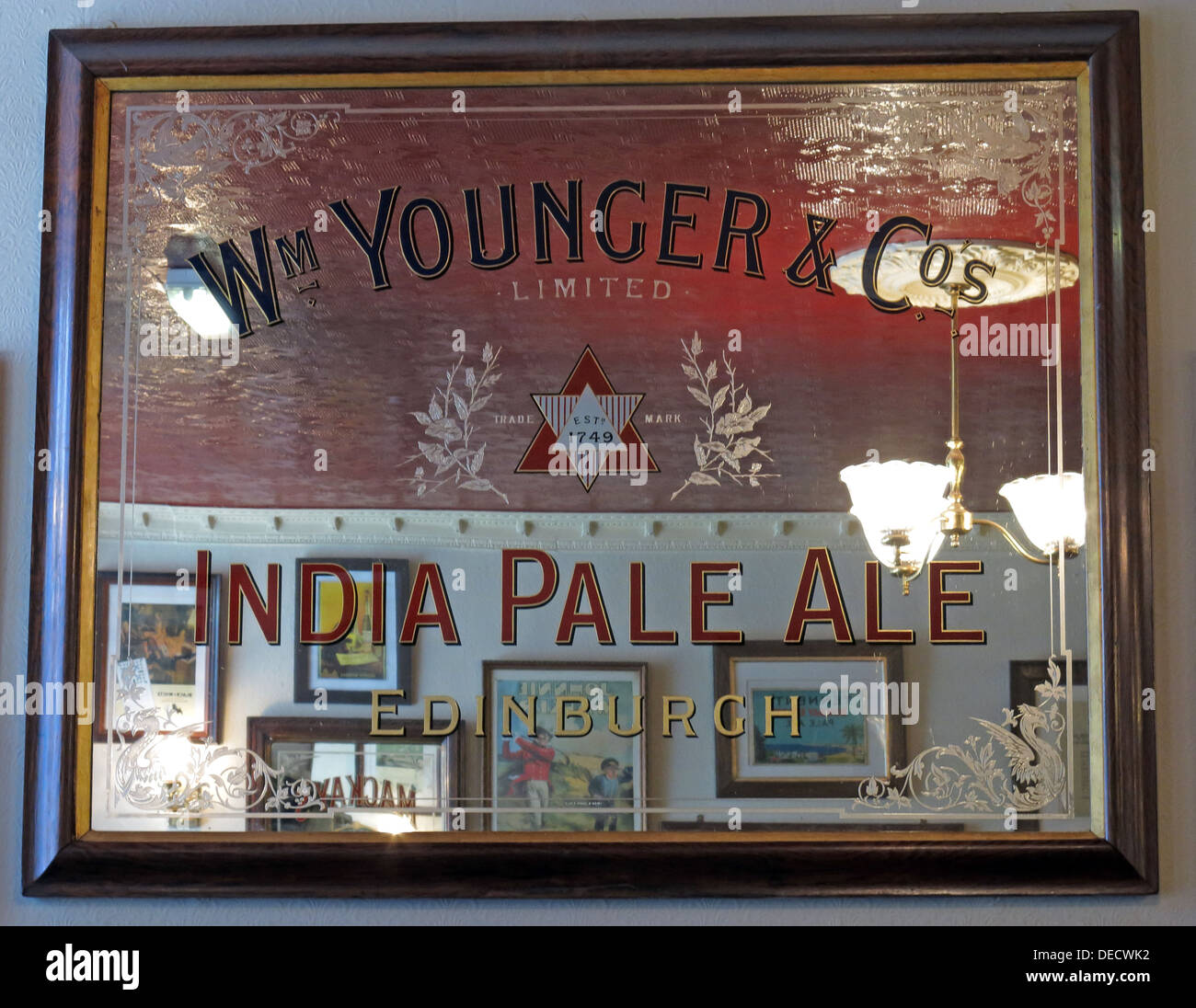 Wm Younger & Cos India Pale Ale mirror, Bow bar, Edinburgh, Scotland, UK - Stock Image