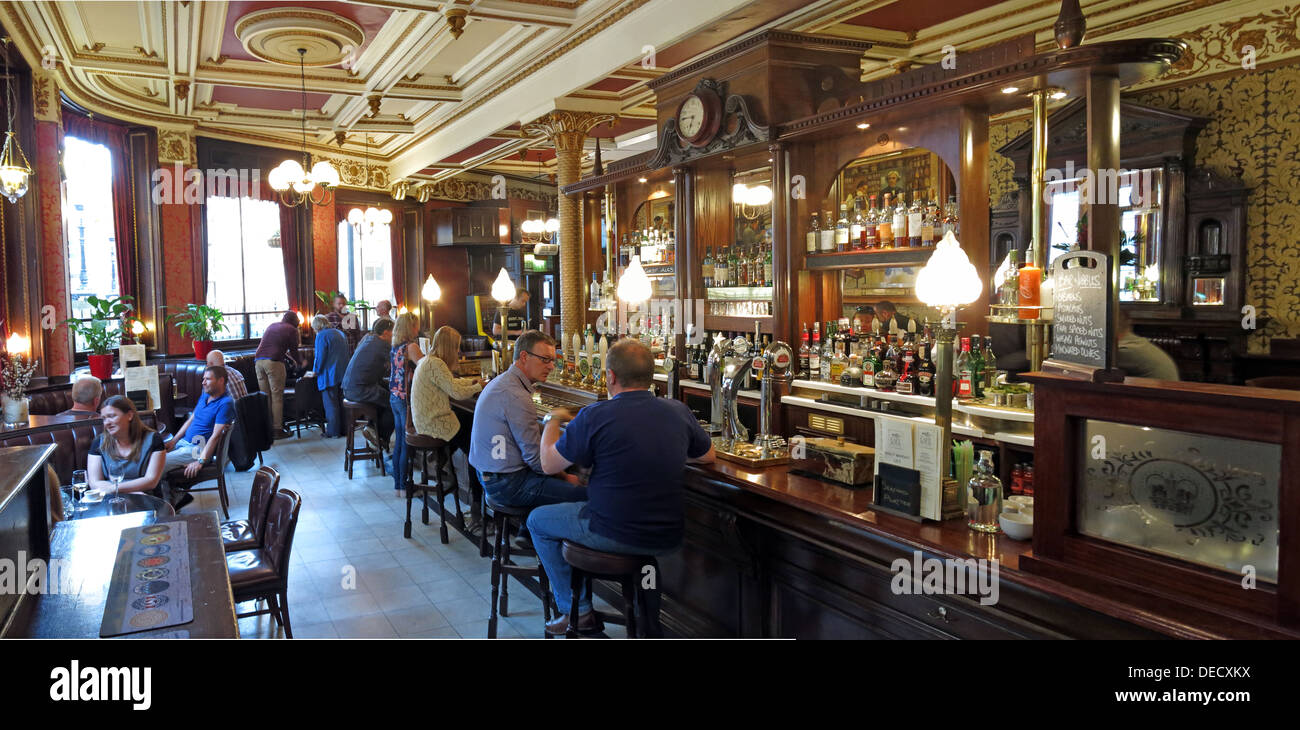 Panorama of Cafe Royal bar, West Register Place,Edinburgh, Scotland, UK - Stock Image
