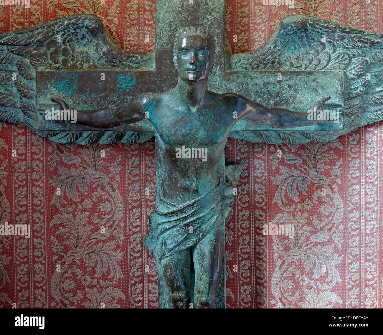 Bronze Crucifix Art inside the Canongate Kirk, Edinburgh Old Town,153 Canongate, Edinburgh, Midlothian EH8 8BN - Stock Image