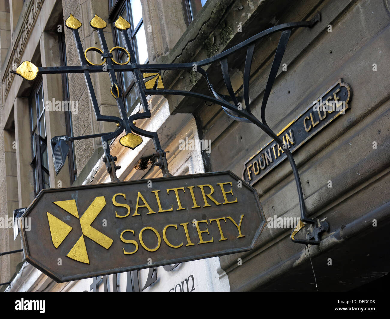 Saltire Society sign & office Fountain Close high st Royal Mile Edinburgh city Scotland Uk - Stock Image