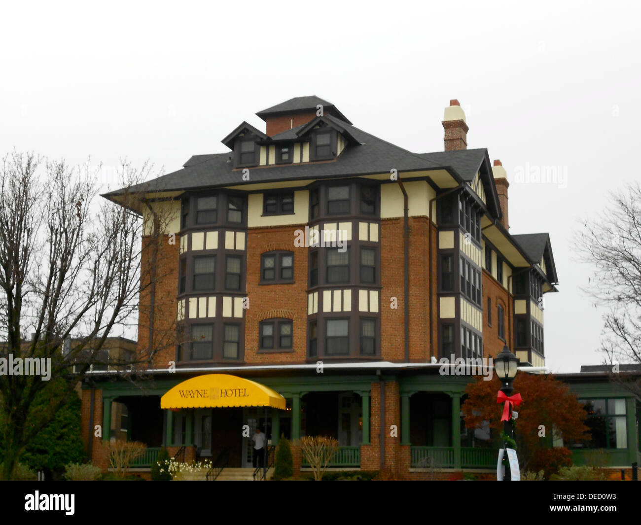 Wayne Hotel on the NRHP since November 5, 1987. At 139 East Lancaster Avenue, Wayne, Radnor Township, Delaware County, Pennsylvania. Also in the NRHP Downtown Wayne Historic District. - Stock Image