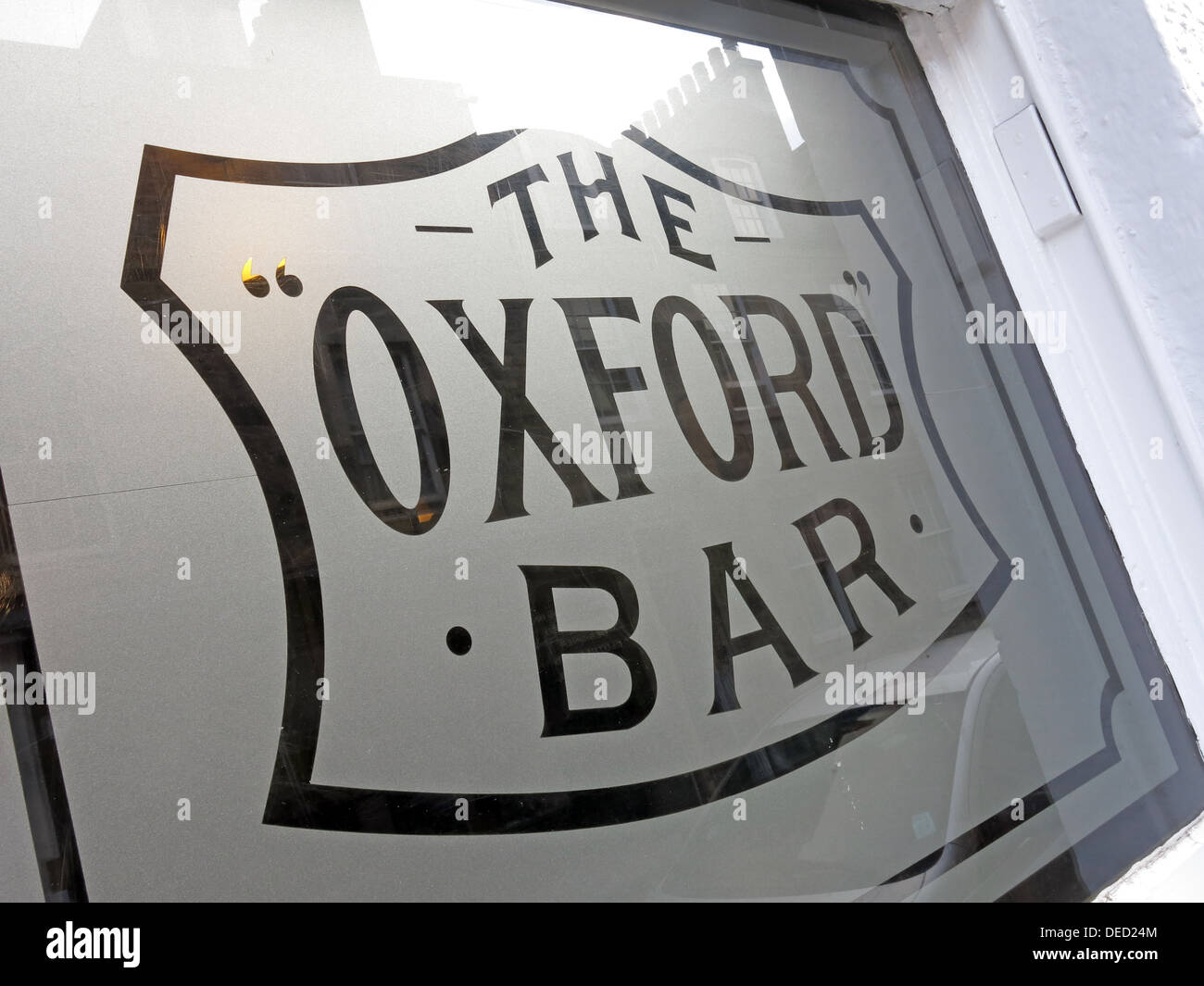 Oxford Bar Window. The public house situated on Young Street, in the New Town of Edinburgh, Scotland. Rebus's local - Stock Image