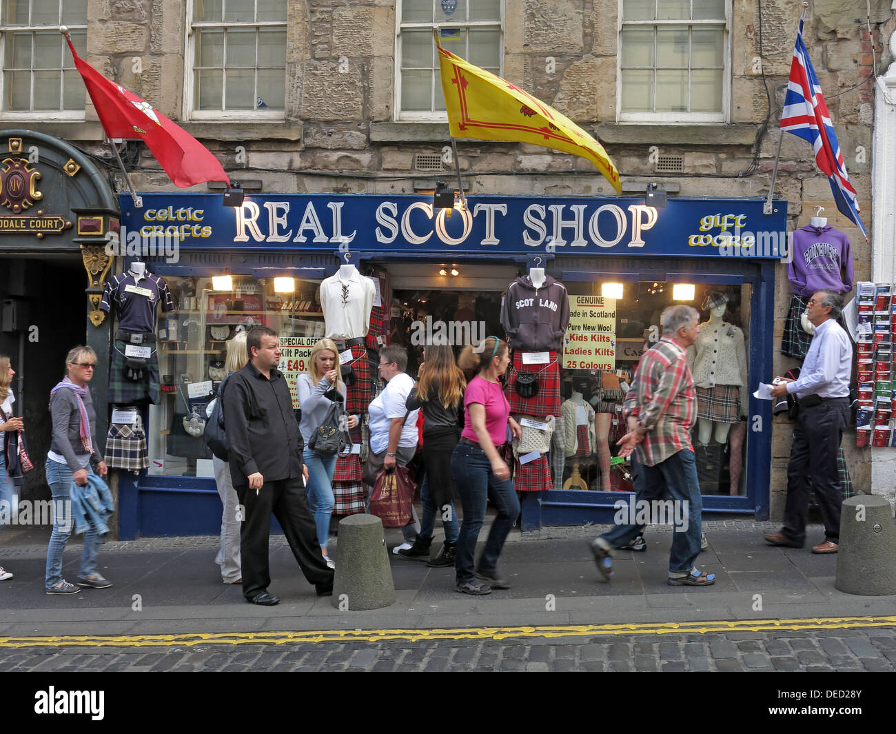 Celtic Crafts Real Scot Shop Royal Mile Edinburgh Scotland - Stock Image