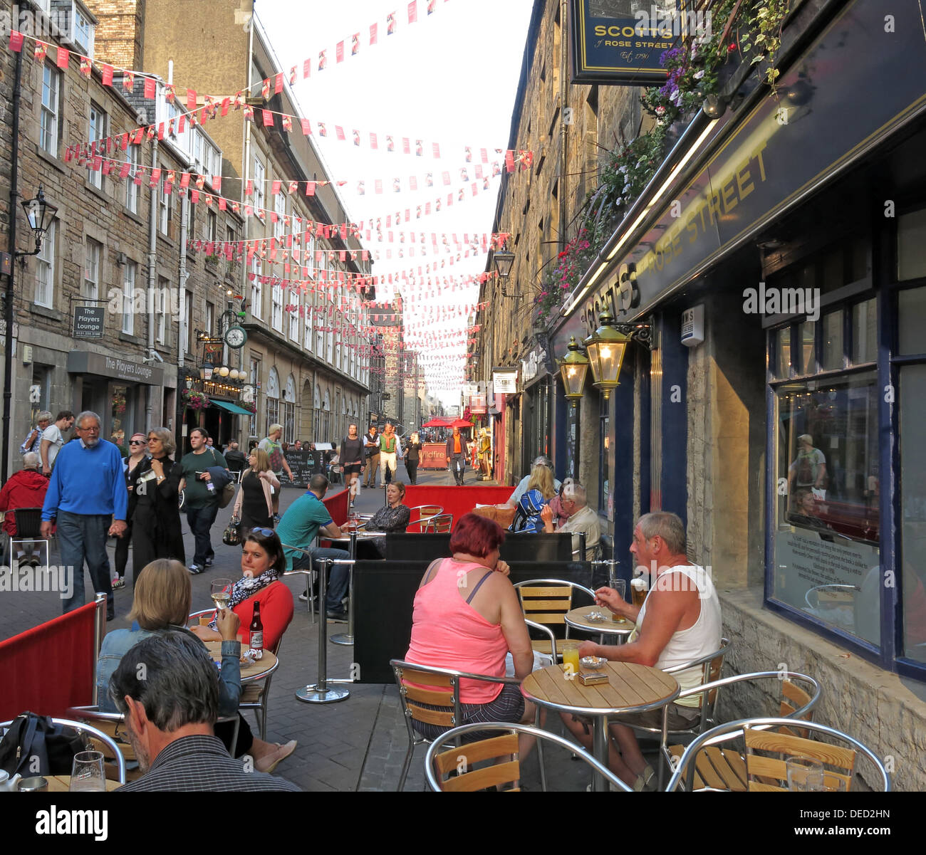Bars and visitors in Rose St Edinburgh old town Scotland - Stock Image